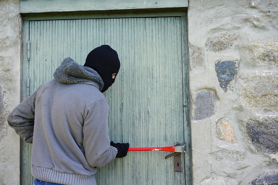 How to Burglar Proof Your Home on A Budget